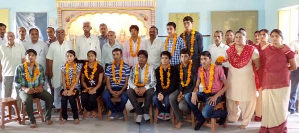 Adarsh -Vidya-Mandir-Gadhodia